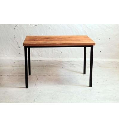 meble-indstustrialne-stoly-stoliki-lawy-stol-ze-starego-drewna-na-profilach