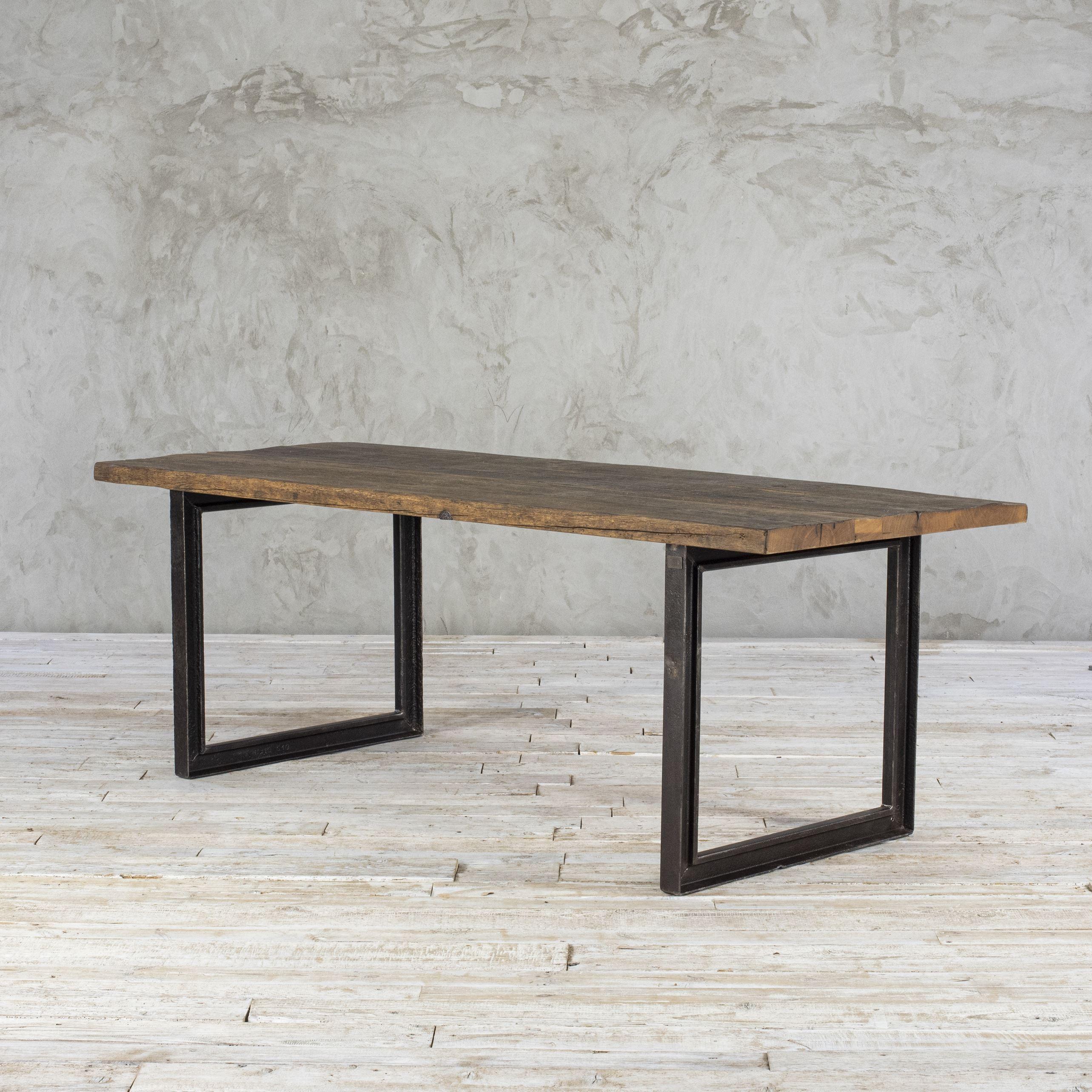 Stół loftowy - stary dąb No. 384